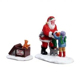 Lemax-Santa And Kittens Set Of 2
