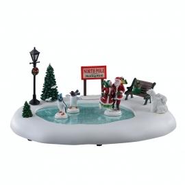 Lemax-North Pole Skating Rink